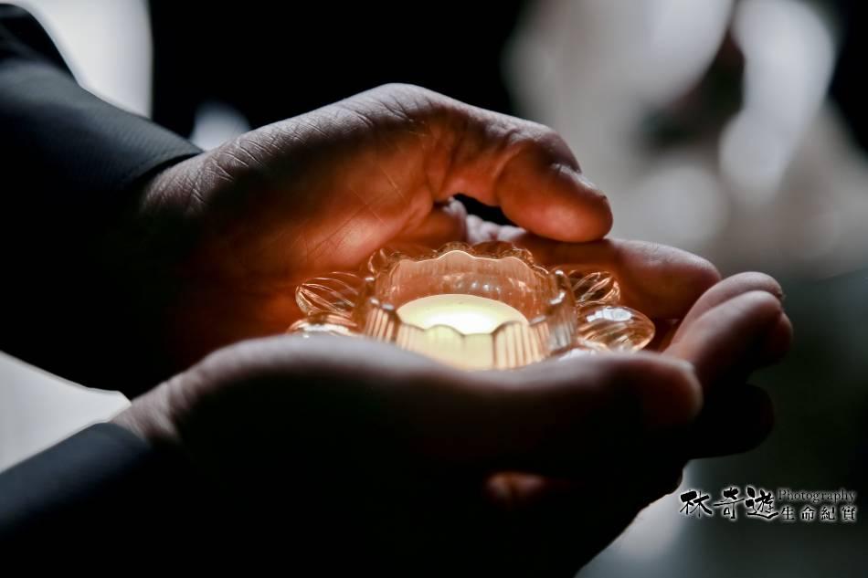 文摘紀實   愛要及時說出口   喪禮告別式追思會攝影師   林奇遊生命紀實台灣第一品牌   AkiLifephotograph20191026054324.jpg